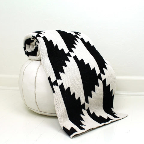 Throw Blanket or Wrap - Pyramids- Black & Ivory