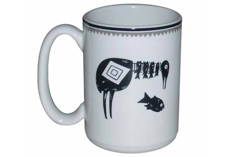 Mimbreño Mug Bird Eating Five Fish - 15oz