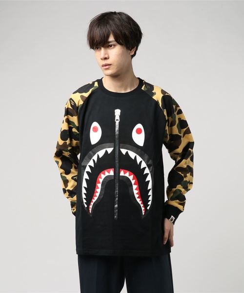 1st Camo Shark Long Sleeve (Beige) - Bape