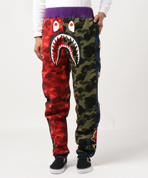 Mix Camo Shark Crazy Slim Sweat Pants - Bape