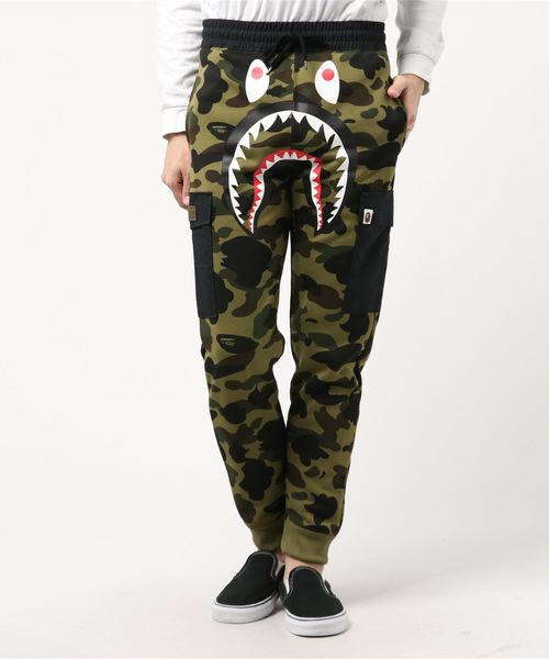 1st Camo Shark Slim Sweat Cargo Pants (Dark Green) - Bape