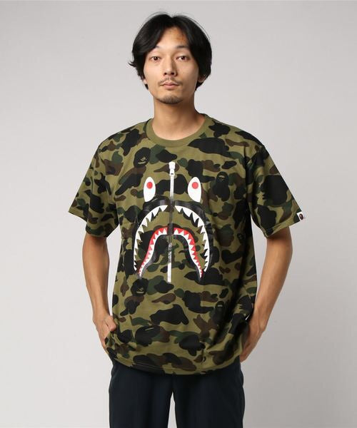 1st Camo Shark Tee (Dark Green) - Bape
