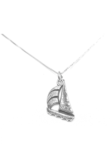 Sterling Silver Sigma Sigma Sigma Sailboat Charm. Also available, 16, 18 and 20 inch sterling silver box chains. Is it a gift? Add a gift box tied with ribbon and a handwritten gift card.