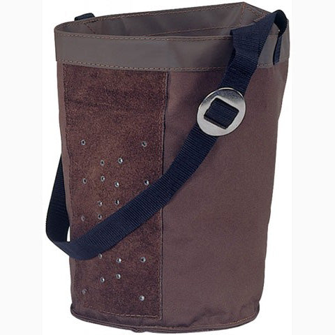 Mustang Brown Feed Bag