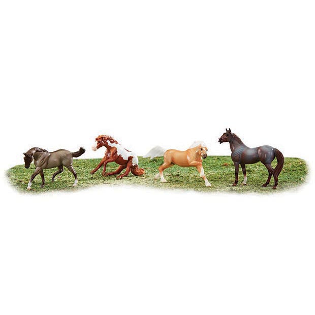 Breyer- Stablemates Wild at Heart Set