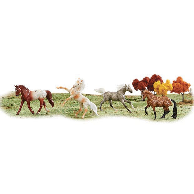 Breyer- Stablemates Dapples & Dots Set