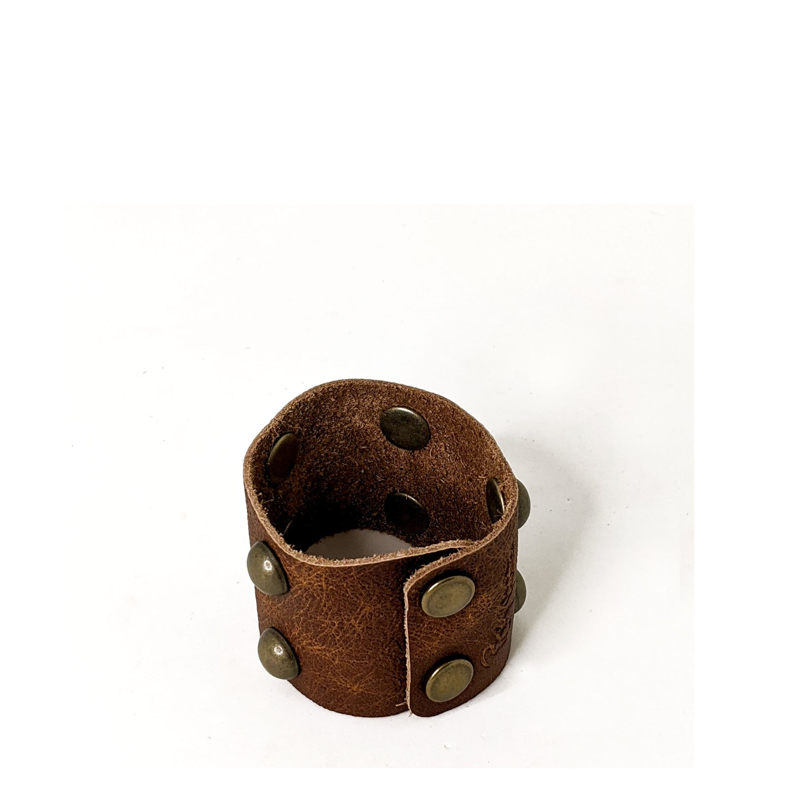 Lexy Studded Bracelet in Wooden Tiki