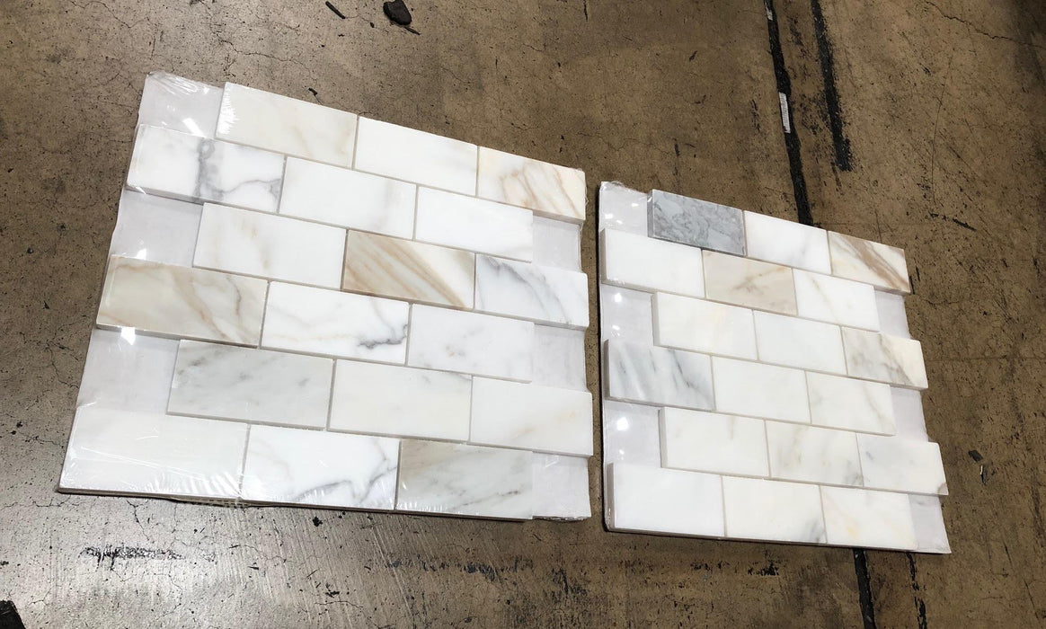 "Calacatta Gold Marble Mosaic - 2"" x 4"" Brick Honed"