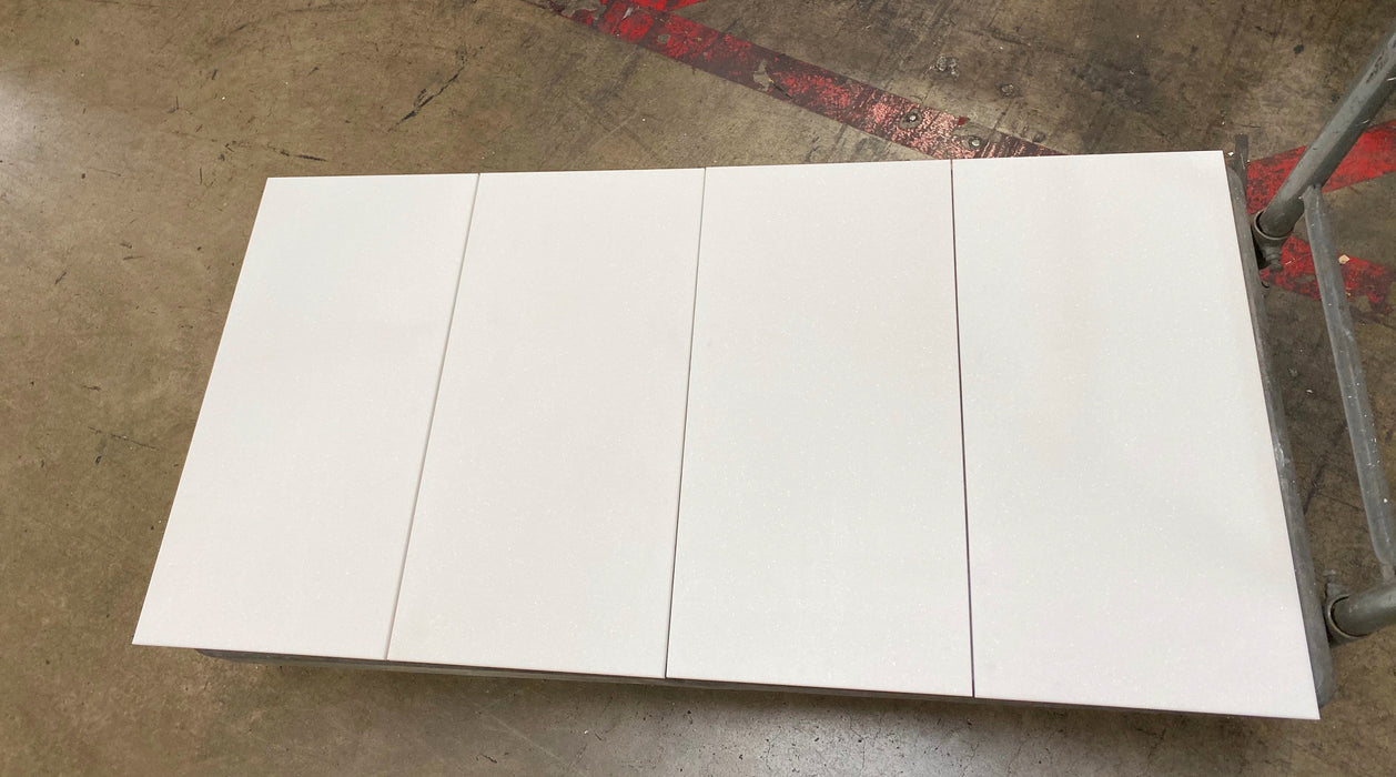 "Thassos White Extra Polished Marble Tile - 24"" x 24"" x 3/8"""