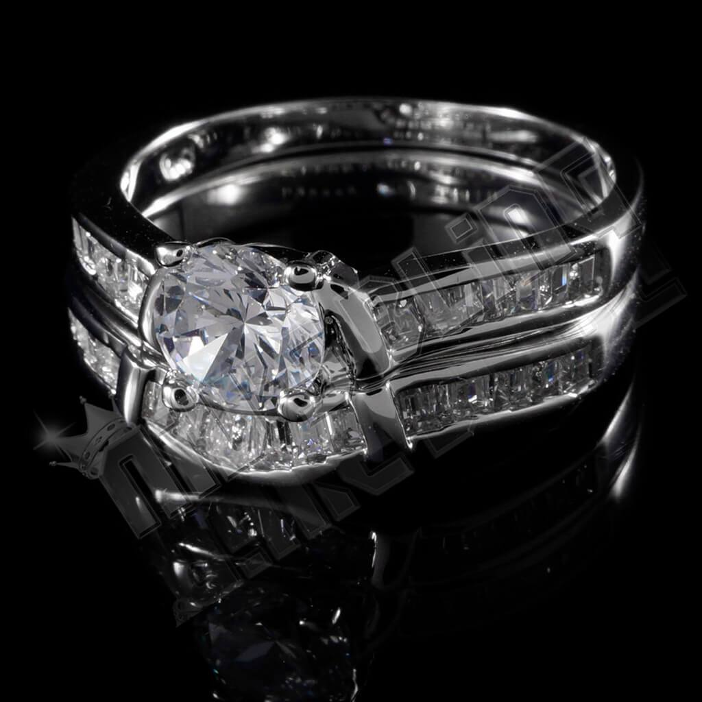 18K White Gold Wedding Engagement Ring Set