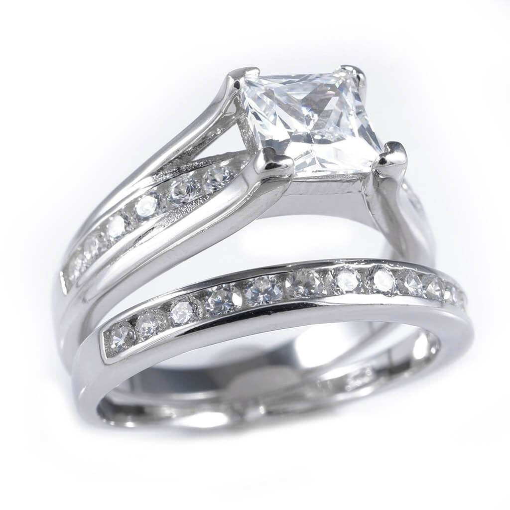 925 Sterling Silver 18k White Gold Princess Cut Accented Ring