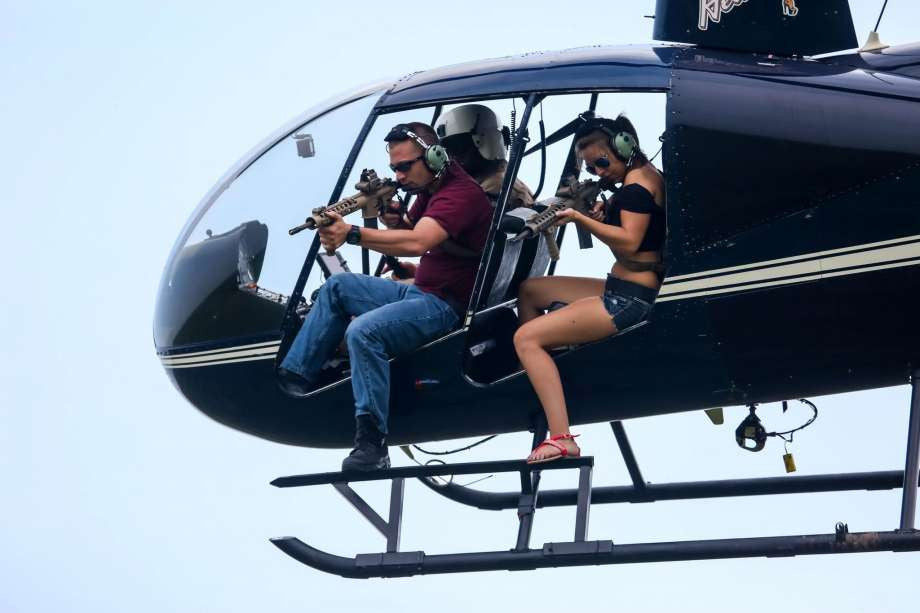 For $35,000, Texas Company Lets You Gun Down Feral Hogs with an M16 from a Helicopter