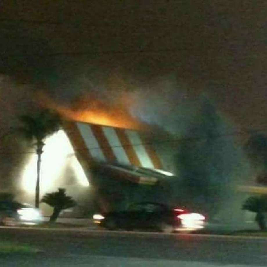 Houston-Area Community Mourns It's Burning Whataburger