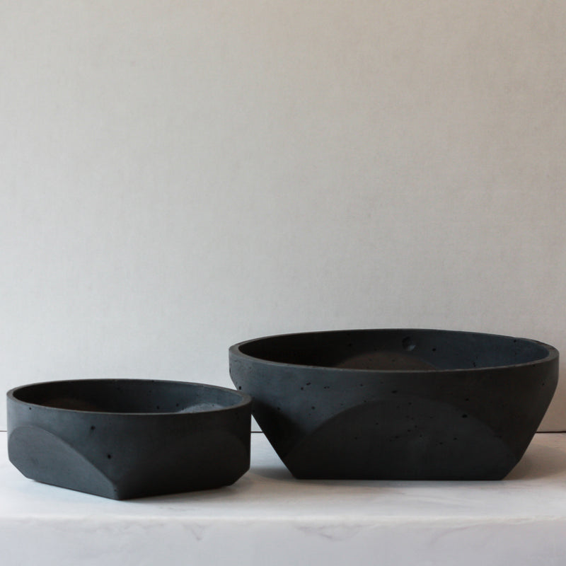 Concrete Bowl - black in small and large
