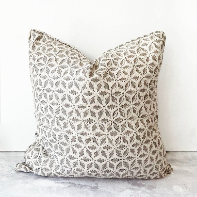 Hanami Mud Pillow