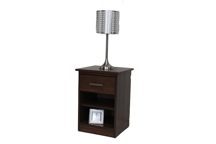 Solid-Wood-Nightstand