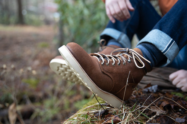 Traveler Boot- Aged Bark Roughout
