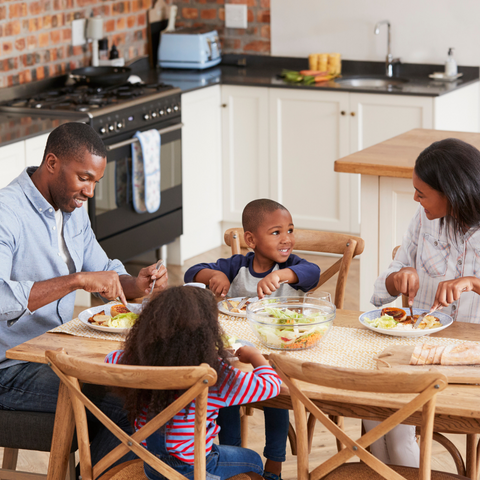 Make a Popup Restaurant in Your Home for Mother's Day and Involve the Whole Family!
