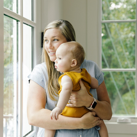 Hillary Sadler gives BeauGen Moms her free postpartum plan guide and more