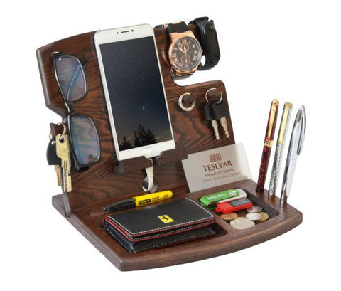 The Teslyar Desk Organizer is the perfect gift for the guys on your list this year.