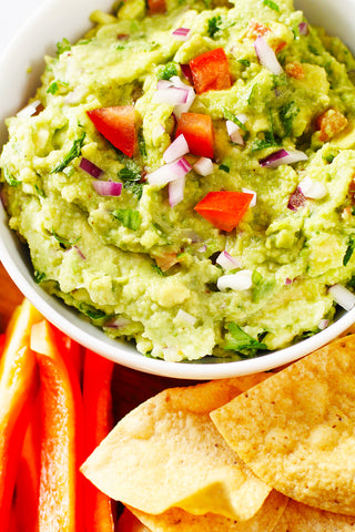 Image: https://lexiscleankitchen.com/homemade-guacamole/