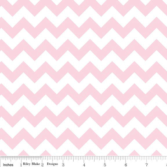 Baby Pink and White Chevron Small by Riley Blake Designs - Quilting Cotton Fabric