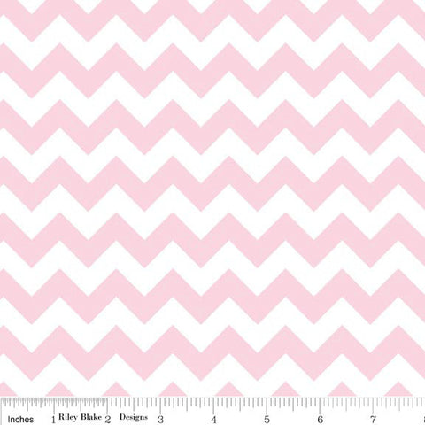 Baby Pink and White Chevron Small by Riley Blake Designs - Quilting Cotton Fabric - fat quarter