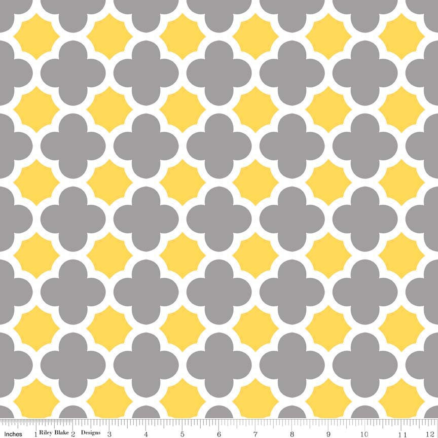 "CLEARANCE Quatrefoil Gray Yellow White by Riley Blake Designs - Jersey KNIT cotton lycra spandex stretch fabric - 31"" end of bolt"