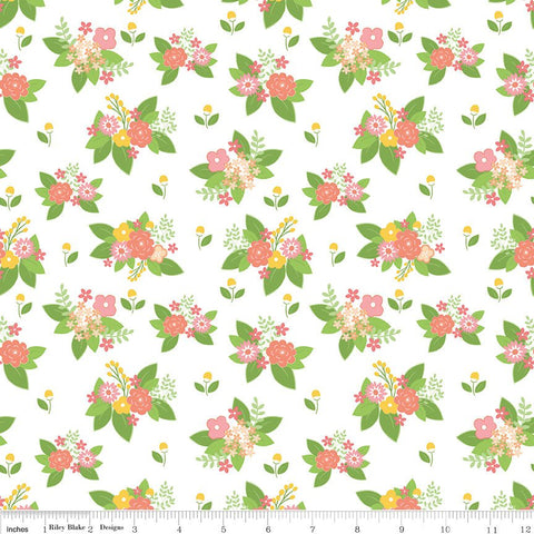 Vintage Adventure Floral White - Riley Blake Designs - Flowers Camping Outdoors -  Quilting Cotton Fabric