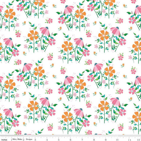 Play Outside Main White - Riley Blake Designs - Flowers Floral - Quilting Cotton Fabric