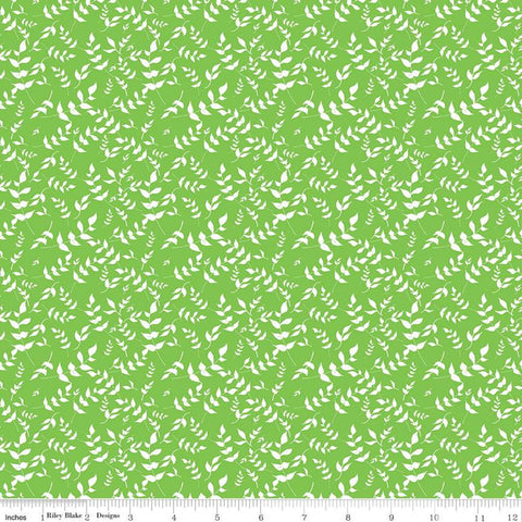 Play Outside Branches Green - Riley Blake Designs - White Leaves - Quilting Cotton Fabric