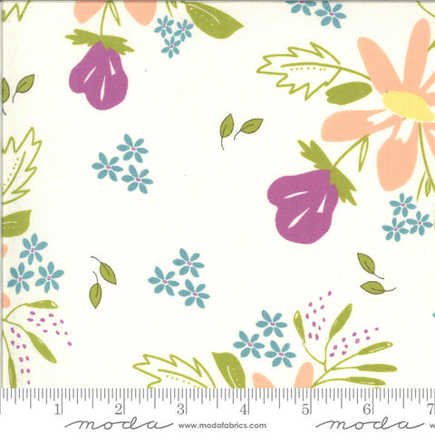 Balboa Coastal 37590 Ivory - Moda Fabrics - Floral Flowers Natural Off-White - Quilting Cotton Fabric