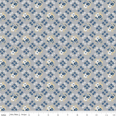 Delightful Bias Floral C10254 Gray - Riley Blake Designs - Floral Flowers Diagonal Lattice - Quilting Cotton Fabric