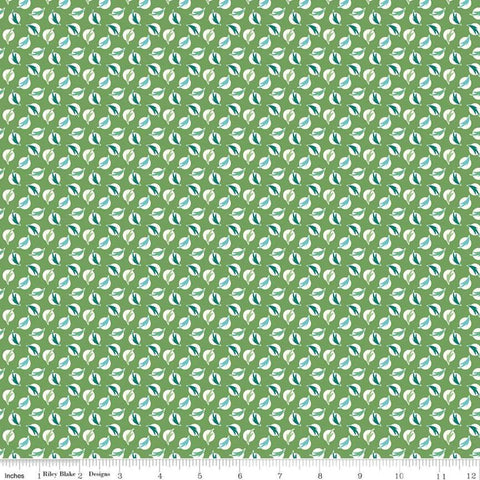 SALE Flea Market Feathers C10226 Clover - Riley Blake Designs - Cream Dots Dotted on Green - Lori Holt  - Quilting Cotton Fabric
