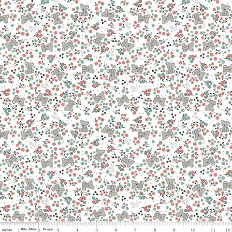 Sleep Tight Garden SC10262 White SPARKLE - Riley Blake - Flowers Floral Teddy Bears Champagne SPARKLE Green - Quilting Cotton Fabric