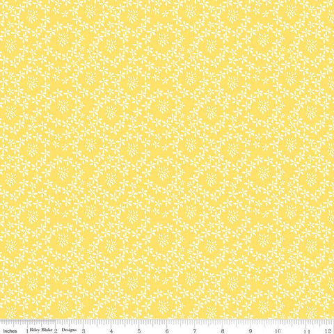 SALE Oh Happy Day! Daisies C10313 Yellow - Riley Blake Designs - Floral Flowers Daisy Cream on Yellow - Quilting Cotton Fabric