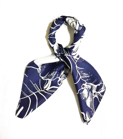 Navy Leaf Silk Mini