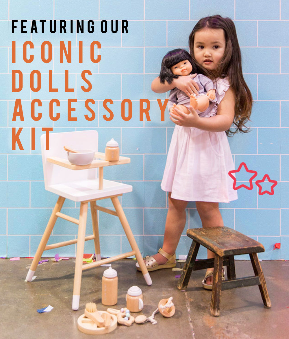 make me iconic wooden toys doll accessory kit