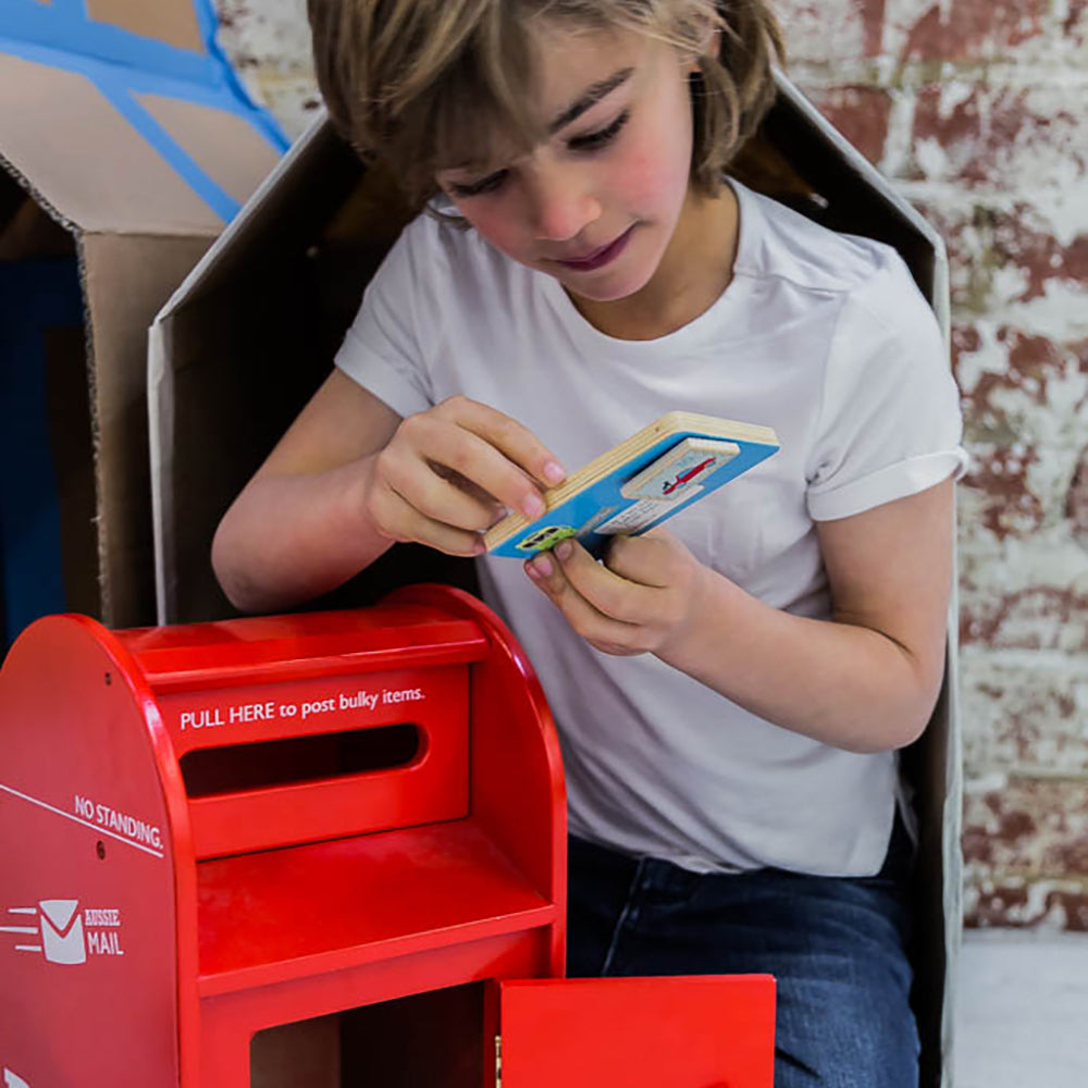Melbourne-Australian-gifts-souvenirs-wood-toys-post-box-1