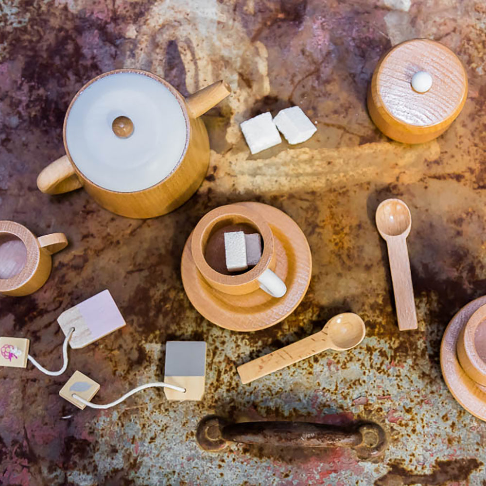 ICONIC TOY - EXTRA TEA SET CUPS & SAUCERS