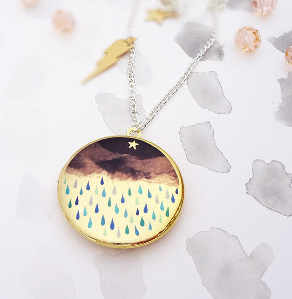 Thunderstorm Locket - Gold