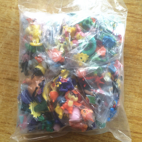 144 pcs. Pokemon mini figures - Yacht Bath and Body