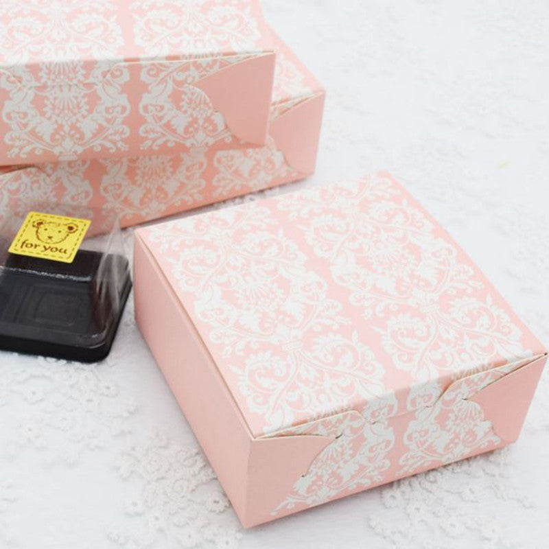 10 pcs pink box, Dimension 11.4 * 11.4 * 5cm - Yacht Bath and Body