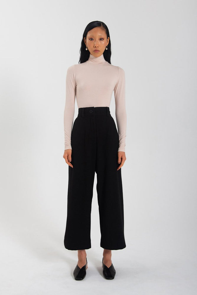 Load image into Gallery viewer, Classic Wide Leg Pant - Black
