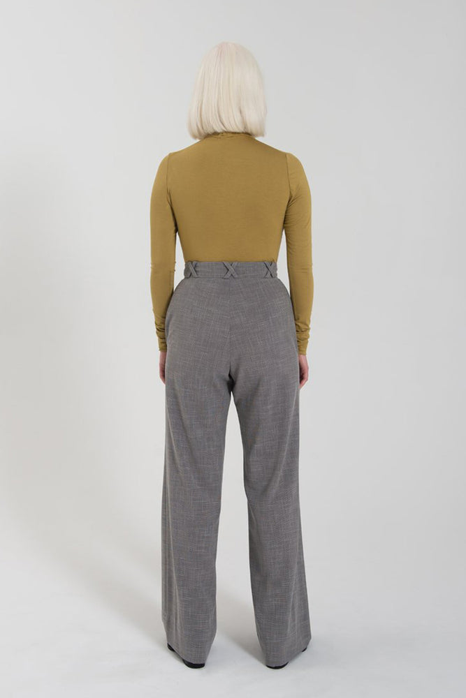 Load image into Gallery viewer, Diana Pant - Grey Mini Houndstooth