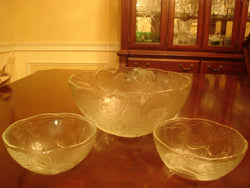 Vegetable Embossed Scalloped Salad Bowl and Matching Individual Bowls - FayZen's Kreations