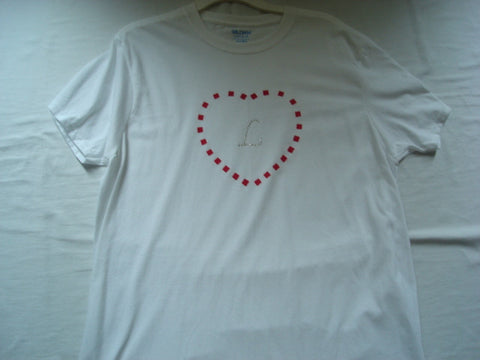 "Hand-Painted Unisex T-Shirt with Red Checkered Heart & Crystal Letter ""L"" plus Necklace Set - FayZen's Kreations"