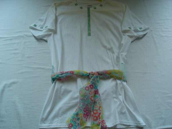 Green Diamond Mesh Ribbon Handcrafted Ladies T-Shirt with Scarf - FayZen's Kreations