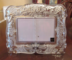 "Mikasa Crystal Frosted/Embossed 3""X5"" Double Picture Frame - FayZen's Kreations"