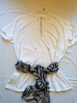 Silver Diamond Mesh Ribbon Handcrafted Ladies T-Shirt with Black & White Scarf